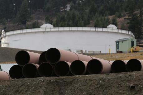 Canada quyết tâm thúc đầy dự án đường ống dẫn dầu Trans Mountain