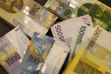 Đồng franc Thụy Sỹ giảm giá so với đồng euro
