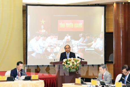 Thủ tướng Nguyễn Xuân Phúc: Tháo gỡ thể chế, thủ tục rườm rà trong đầu tư xây dựng