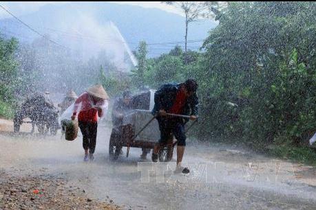 Dự báo thời tiết hôm nay 4/5: Bắc Bộ, Tây Nguyên và Nam Bộ mưa to