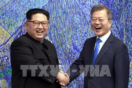 """Thượng đỉnh liên Triều: Trung Quốc hoan nghênh """"sự dũng cảm"""" của lãnh đạo hai miền"""