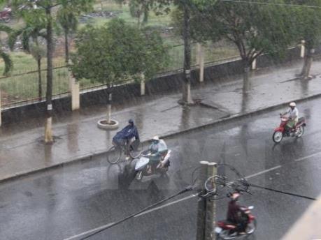 Dự báo thời tiết ngày mai 10/5: Thủ đô Hà Nội có mưa rào, dông và gió giật mạnh