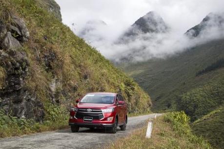 Vắng xe nhập, doanh số bán xe lắp ráp của Toyota Việt Nam tăng 70%