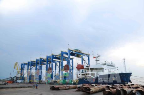 Doosan Việt Nam xuất 5 cẩu trục bánh lốp đến Ấn Độ