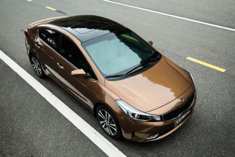 Kia Cerato phiên bản SMT cắt giảm tiện nghi có giá 499 triệu đồng