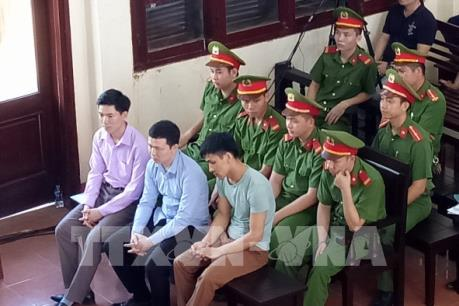 Mở lại phiên tòa sơ thẩm xét xử các bị cáo trong sự cố y khoa tại BVĐK tỉnh Hòa Bình