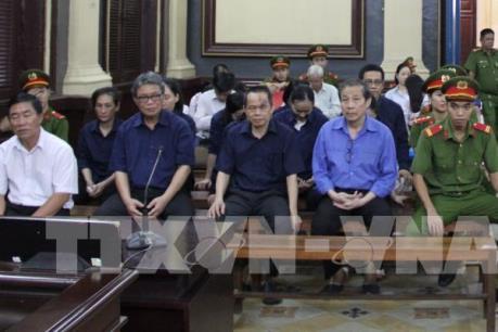 Xét xử vụ án tại Ngân hàng Đại Tín: Tiếp tục phần xét hỏi về hành vi cố ý làm trái