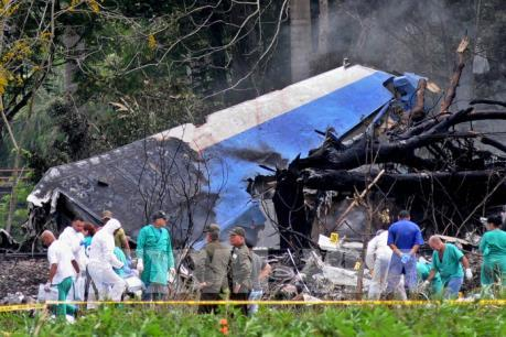 Tìm thấy hộp đen máy bay rơi tại Cuba