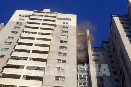 Hà Nội: Dập tắt hoàn toàn vụ cháy lớn tại chung cư CT3 Bắc Hà