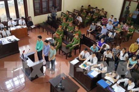 Xét xử vụ tai biến y khoa tại Hòa Bình: Nhiều bằng chứng Hoàng Công Lương vô tội