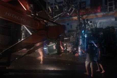 Xe trộn bê tông gây tai nạn khiến hai người thiệt mạng, toàn bộ đảo Cát Bà mất điện
