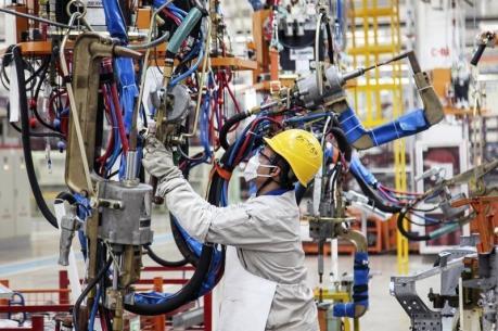 PMI lĩnh vực chế tạo của Trung Quốc tăng mạnh nhất trong 8 tháng