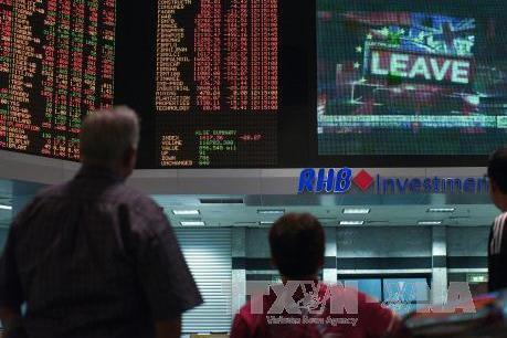 """Nhà đầu tư nước ngoài """"rút"""" 1,46 tỷ USD khỏi thị trường chứng khoán Malaysia"""