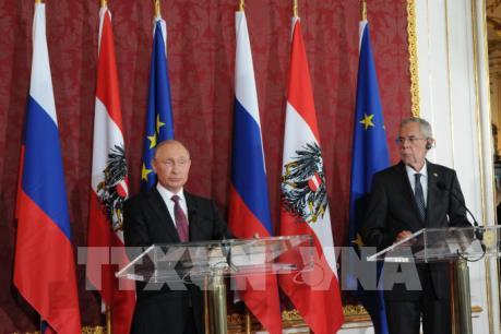 Tổng thống Nga kêu gọi EU dỡ bỏ trừng phạt