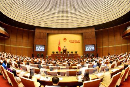 Phó Thủ tướng Vương Đình Huệ báo cáo giải trình trước Quốc hội