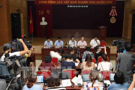 Sở Giáo dục và Đào tạo Hà Nội nhận trách nhiệm việc để lọt đề thi Ngữ văn, Toán