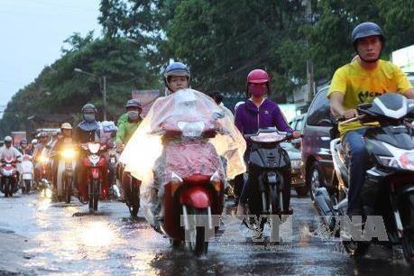 Dự báo thời tiết chiều tối và đêm 12/6: Các khu vực trong cả nước đều có mưa và dông