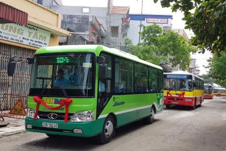 Hà Nội sắp thí điểm 3 tuyến mini buýt