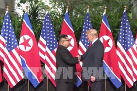 Hội nghị thượng đỉnh Mỹ - Triều Tiên: Lãnh đạo hai nước bắt đầu gặp nhau