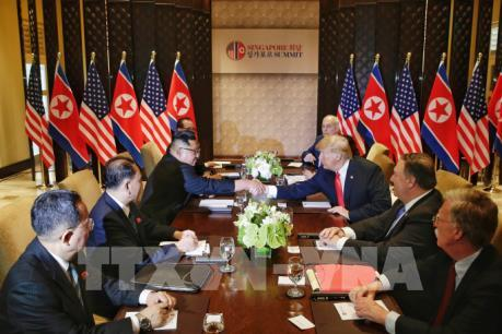 Hội nghị thượng đỉnh Mỹ - Triều Tiên: Hai nhà lãnh đạo ký kết thỏa thuận