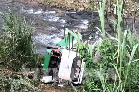 Hậu quả vụ tai nạn trên đèo Lò Xo được giảm thiểu nhờ có tường hộ lan