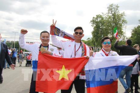 World Cup 2018: Ngày hội bóng đá đa sắc màu