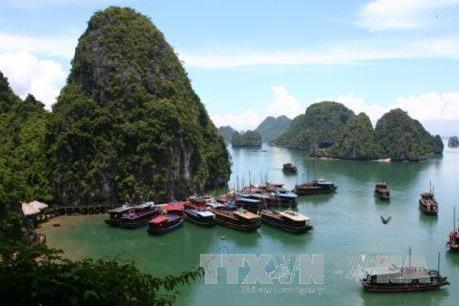 """Quảng Ninh: Diễn đàn """"Phát triển kinh tế - du lịch xanh bền vững 2018"""""""
