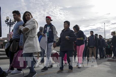 Vấn đề người di cư
