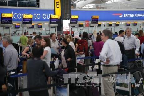 Các sân bay chính tại Anh sẽ lắp máy quét 3D soi hành lý