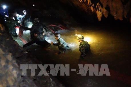 Thái Lan: Tìm thấy đội bóng thiếu niên mất tích trong hang động