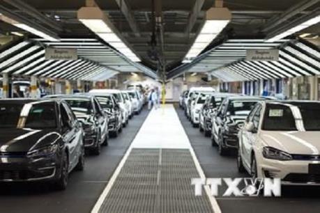 Bất chấp giá xăng tăng cao, doanh số bán ô tô tại Mỹ vẫn tăng