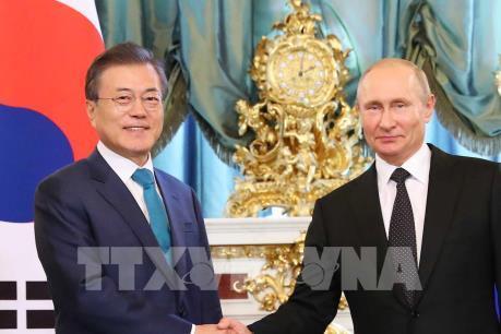 Ý nghĩa chuyến thăm Nga của Tổng thống Hàn Quốc Moon Jae-in