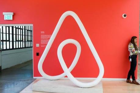 Airbnb hạn chế khách thuê phòng dưới 25 tuổi sau vụ xả súng ở Canada