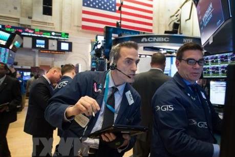 Lo ngại về thương mại tiếp tục ám ảnh chứng khoán Âu-Mỹ
