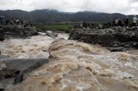 Cảnh báo sạt lở đất, lũ quét ở vùng núi phía Bắc và Thanh Hóa, Nghệ An