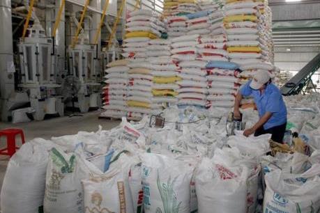 Gỡ khó đầu ra lúa gạo
