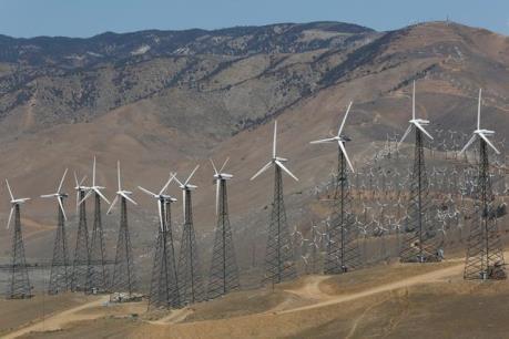 """IEA: Đầu tư vào năng lượng sạch trên thế giới """"chững lại"""""""