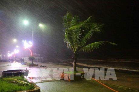Áp thấp nhiệt đới suy yếu, nguy cơ lũ quét, ngập úng ở Bắc Bộ, Thanh Hóa đến Hà Tĩnh