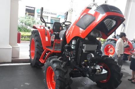Vĩnh Phúc hỗ trợ máy nông nghiệp cho nông dân