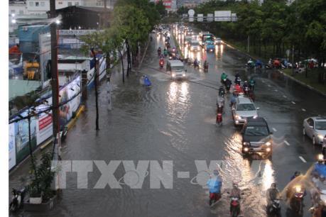Đã xuất hiện một số điểm úng ngập sau trận mưa đêm tại Hà Nội