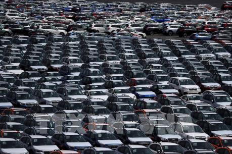 """Các """"đại gia"""" ô tô bàn thảo biện pháp đáp trả thuế quan của Mỹ"""