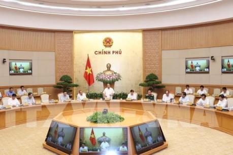 Thủ tướng Nguyễn Xuân Phúc: Hà Nội cần đảm bảo vệ sinh môi trường khu vực ngập lụt