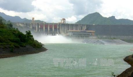 14 giờ ngày 4/8, mở 1 cửa xả đáy hồ Tuyên Quang