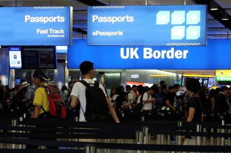 British Airways kêu gọi Anh cải tiến thủ tục kiểm tra hộ chiếu tại sân bay Heathrow