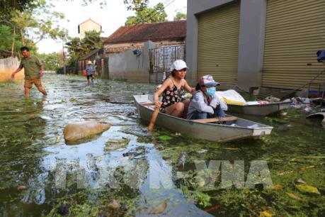 Xử lý môi trường và quản lý chất thải - Nhiệm vụ cấp bách sau bão lũ