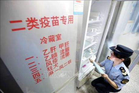 """Vụ bê bối vaccine gây """"bão mạng"""" ở Trung Quốc (Phần 1)"""