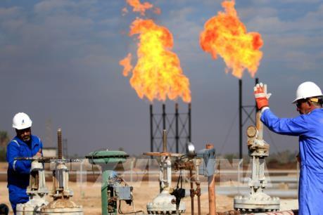 Giá dầu mất hơn 1% tại thị trường châu Á