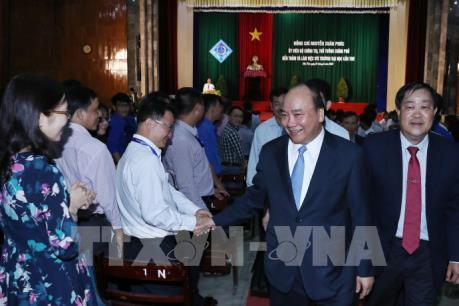 """Thủ tướng Nguyễn Xuân Phúc """"đặt hàng"""" Đại học Cần Thơ vào nhóm Đại học hàng đầu châu Á"""