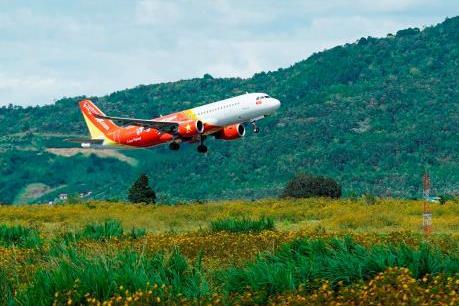 Mưa lớn ở Tp. Hồ Chí Minh, nhiều chuyến bay của Vietjet bị ảnh hưởng
