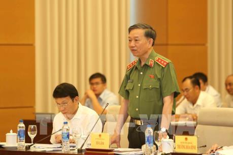 Bộ trưởng Tô Lâm trả lời về cấp biển xanh cho doanh nghiệp